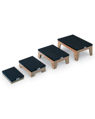 Hausmann Model 2410 Nested Footstools